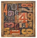 Ask av nummer - wood typabstrakt begrepp Royaltyfria Bilder