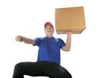 Ask för kort för leveransman bärande med haapinesssinnesrörelse, för deliv arkivfoton