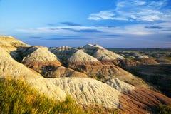 Aska- och bottensatskullar i Badlands nationalpark, South Dakota royaltyfri bild