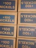 Askar av mynt Arkivfoton