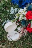 asken ringer bröllop Royaltyfria Foton
