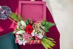 asken ringer bröllop Royaltyfri Foto