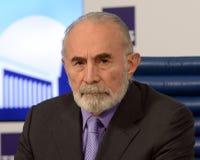 Aslambek Aslakhanov - Russische politicus, lid van de Raad van Federatie Afgevaardigde Chairman van het Federatiecomité van de ra stock foto