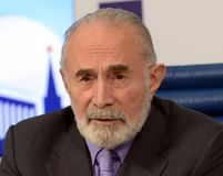 Aslambek Aslakhanov - rysk politiker, medlem av rådet av federation Ställföreträdande Chairman av federationrådskommittén på Royaltyfri Bild