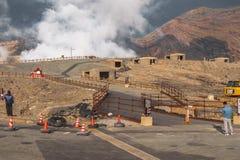 Aso, Kumamoto, Kyushu, Japão - 17 de outubro de 2018: Cratera de Aso Nakadake da montanha imagem de stock