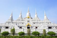 asokaram组塔寺庙泰国白色 免版税库存图片