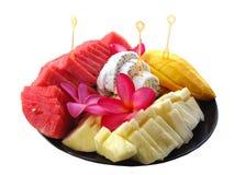 Asortowane tropikalne owoc na talerzu fotografia stock