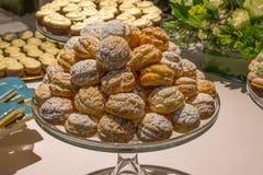 Asortowani ciastka Wszystkie rodzaje Obrazy Royalty Free
