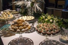 Asortowani ciastka Wszystkie rodzaje Fotografia Royalty Free