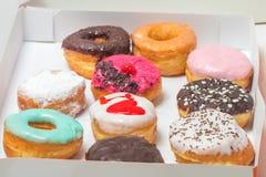 asortowani pudełkowaci donuts Obrazy Royalty Free
