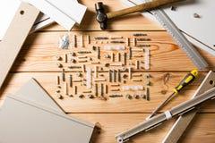 Asortowani Woodwork, ciesielki i budowy narzędzia, sosnowy drewno Fotografia Royalty Free