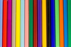 Asortowany barwiony markierów piór tło Fotografia Royalty Free
