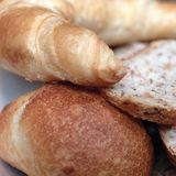 Asortowany chleb dla śniadania Fotografia Stock