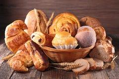 Asortowany chleb i ciasto Zdjęcia Stock