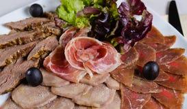 Asortowany zimnego mięsa półmisek Zdjęcia Royalty Free