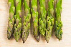 Asparagus on a chopping board Royalty Free Stock Photography