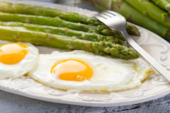 Asparagus with eggs Royalty Free Stock Images