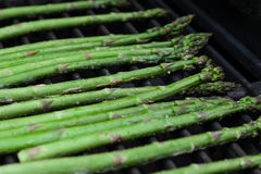 Asparagus on the Grill Royalty Free Stock Photos