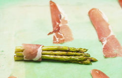 Asparagus with ham Royalty Free Stock Images