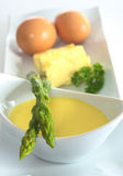 Asparagus with Hollandaise Sauce Royalty Free Stock Images