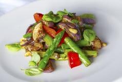 asparagus piec na grillu dokrętek sosny sałatka Obrazy Royalty Free