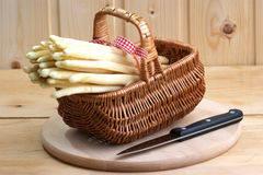 Asparagus in a small basket Stock Photos