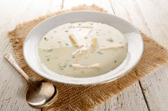 Asparagus soup with fresh parsley Royalty Free Stock Images