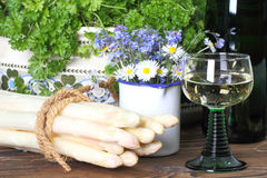 Asparagus and white wine Royalty Free Stock Photography