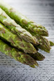 Asparagus on wood Royalty Free Stock Photography