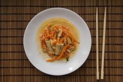Aspargo e cenouras da soja imagem de stock