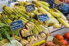 Aspargo no mercado em Copenhaga, Dinamarca Foto de Stock Royalty Free