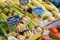 Aspargo no mercado em Copenhaga, Dinamarca Fotografia de Stock Royalty Free
