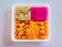 Aspect coloré et saveurs distinctes L'art des desserts thaïlandais ont été passés vers le bas par les générations images libres de droits