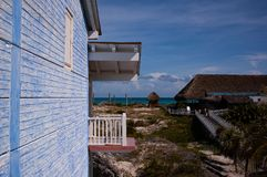 Aspecto de un centro turístico en Cayo largo, Cuba fotografía de archivo libre de regalías