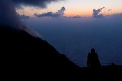 Aspettando l'eruzione. Fotografia Stock Libera da Diritti