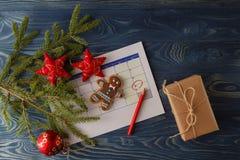 Aspetti a natale venente Calendario con la profonda data del christma Fotografia Stock