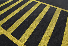 Yellow line on asphalt Royalty Free Stock Photos
