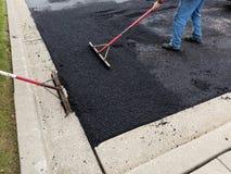 Asphalt Driveway, reparación del estacionamiento Foto de archivo libre de regalías
