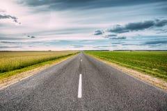 Asphalt Freeway, estrada, estrada secundária da estrada no campo fotos de stock royalty free