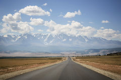 Asphalt road, Altai Mountains, Russia Stock Photo