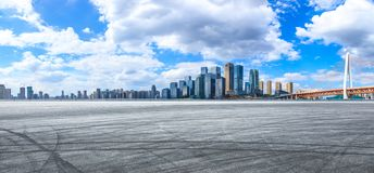 Free Asphalt Road And City Skyline In Chongqing Stock Images - 160739694