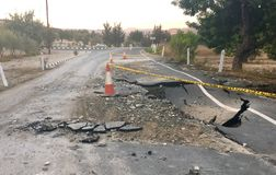 Asphalt Road crollato Immagini Stock