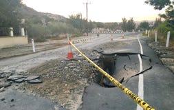 Asphalt Road crollato Immagini Stock Libere da Diritti