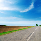 Asphalt road to horizon Royalty Free Stock Photo