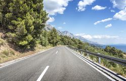 Free Asphalt Road To The Sea. Asphalt Highway In A Sunny Day. Stock Images - 108321954