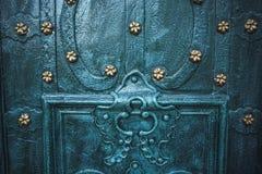 Asphaltieren Sie alte rostige verkratzte Oberflächenbeschaffenheit des blauen Schmutzes Stockfotos