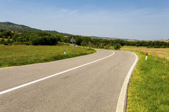Asphaltstraße in Toskana Italien Lizenzfreie Stockfotografie