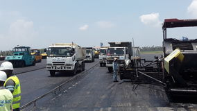 Aspholt laying katunayaka runway Stock Image