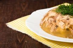 Aspik des Hühnerfleisches, -rindfleisches und -schweinefleisch Stockbilder