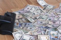 Aspirador de p30 e dinheiro Fotografia de Stock